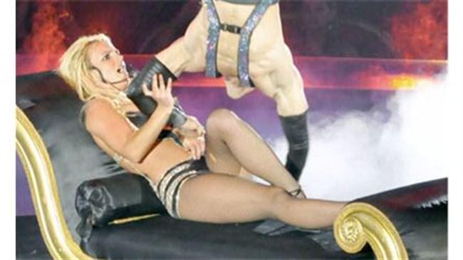 Britney'den fetiş şov